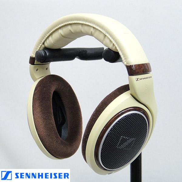 東京都新宿区でSENNHEISER【HD598】ゼンハイザー ダイナミック・オープン型ヘッドフォンの買取をさせていただきました。